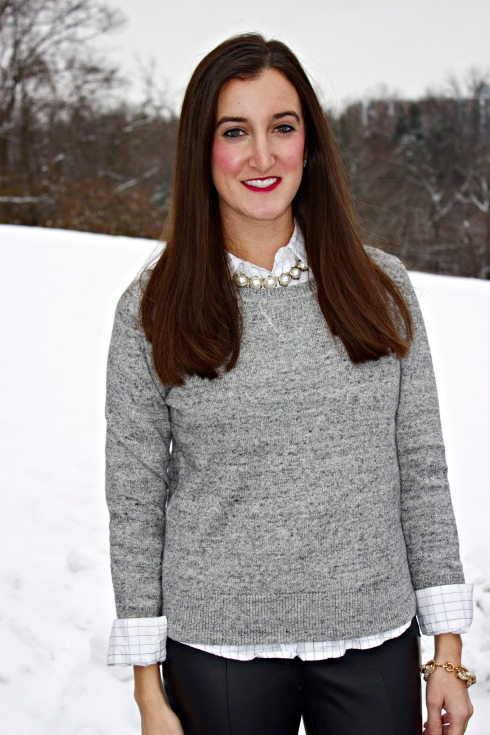 Gray Gap Sweater Pearl Necklace