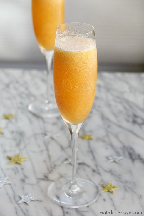 Bubbles: New Year's Eve Cocktails | baubles to bubbles