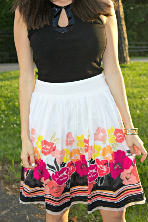black keyhole top with maces floral white skirt