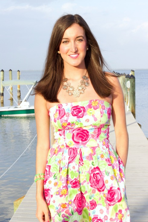 Strapless Floral Print Summer Dress with Cache Gold Necklace