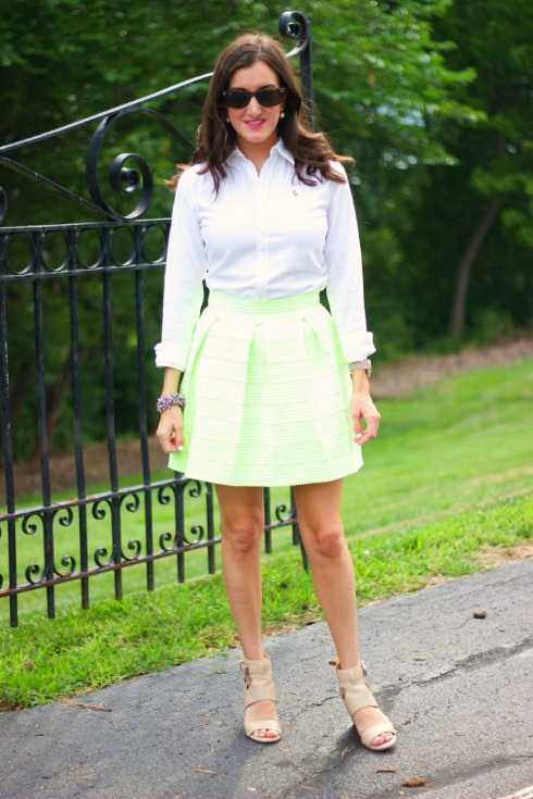 Preppy Summer Work Outfit
