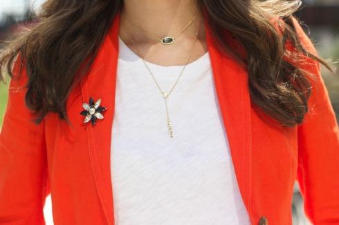 Stylish Ways to Wear a Brooch