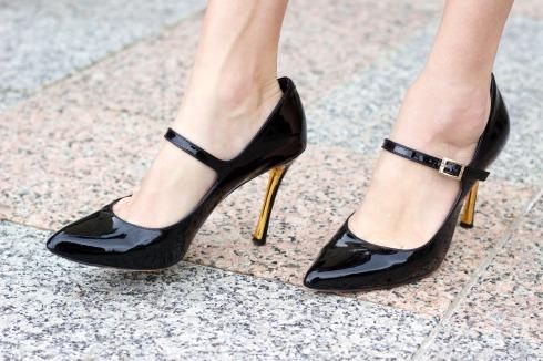 Vince Camuto Callea Black Heels