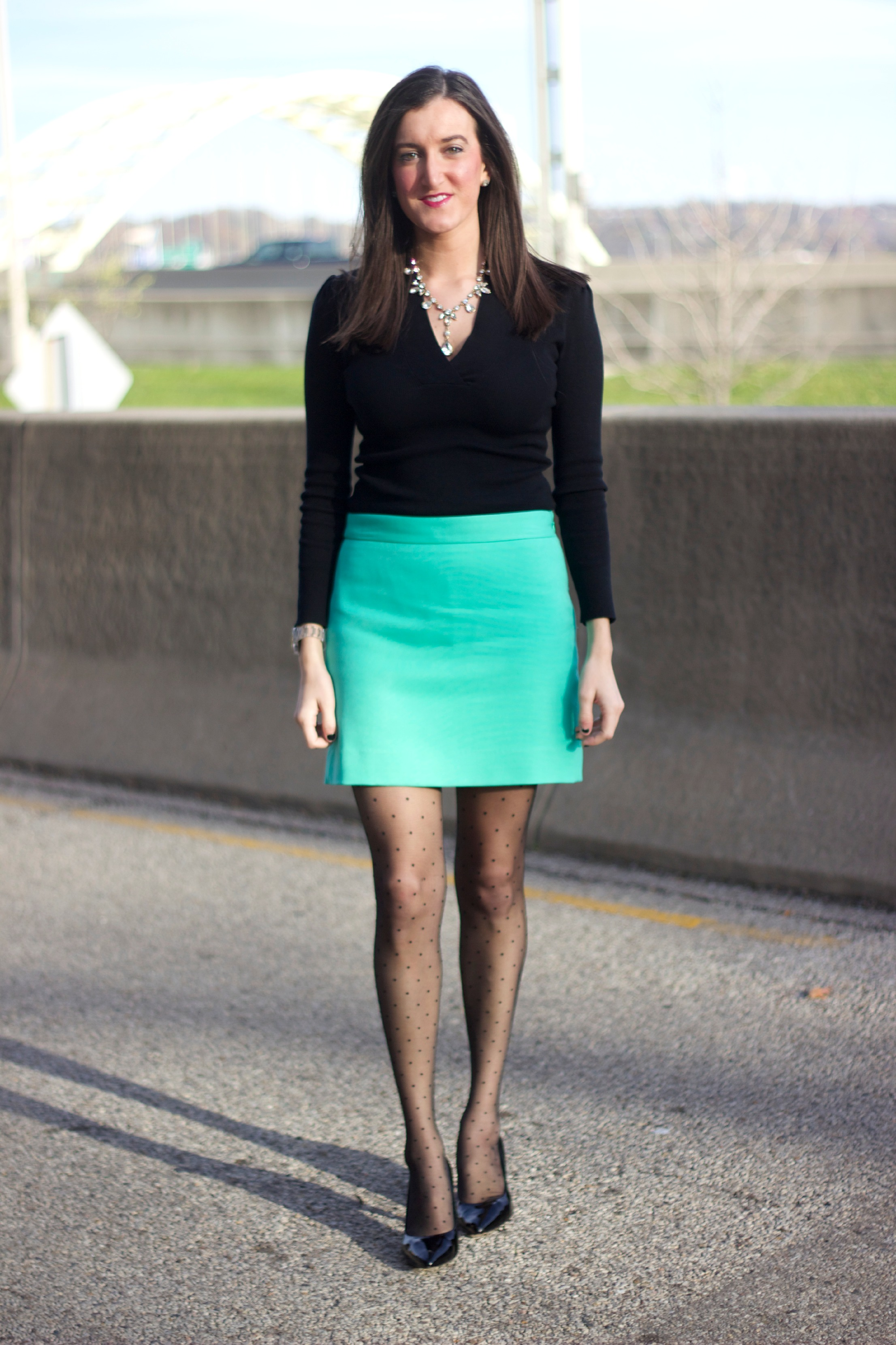 Awesome Beautiful Examples Of Girls In Short Skirts 28