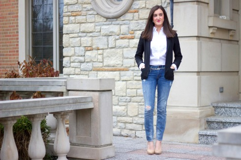 Outfit with Jeans and Black Blazer