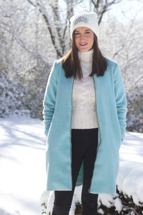 Stylish Womens Winter Weather Outfit