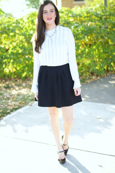 Feminine Black and White Outfit Ideas