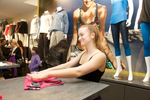 fabletics kenwood towne centre